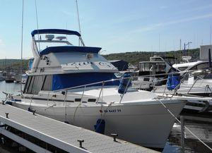 Used Bayliner 3270 Motoryacht Cruiser Boat For Sale