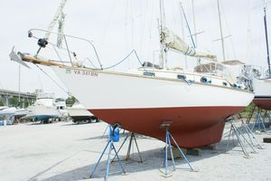 Used Cape Dory 30 Cruiser Sailboat For Sale