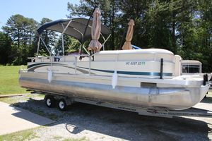 Used Bennington 2574 GL Pontoon Boat For Sale