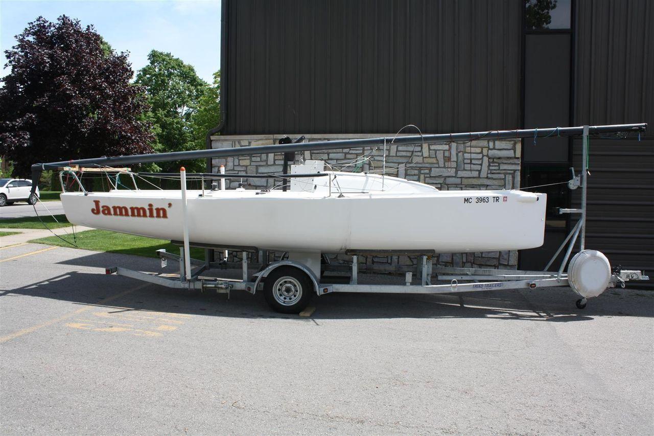 2014 Used J Boats J/70 Daysailer Sailboat For Sale - $39,900