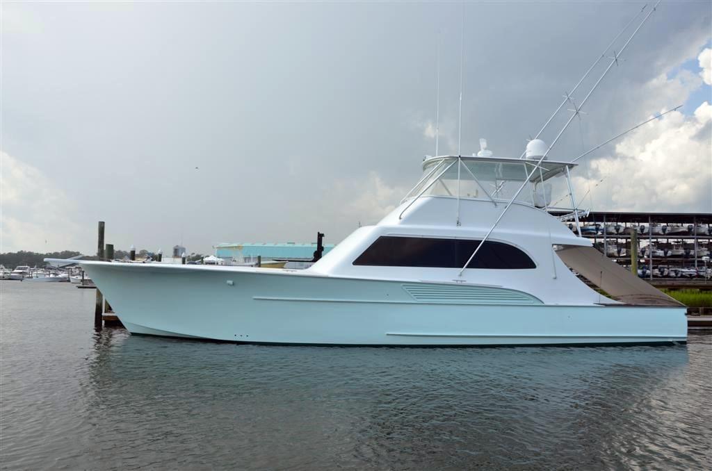 2003 used davis yachts custom carolina sportfish for Fishing yachts for sale