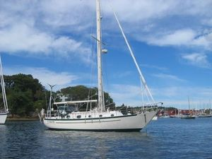 Used Pacific Seacraft Crealock 34 Cutter Sailboat For Sale