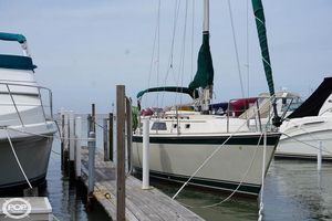Used O'day 30 Racer and Cruiser Sailboat For Sale