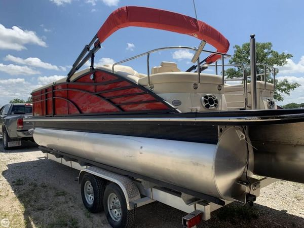 Used Bennington 2275 RCW Pontoon Boat For Sale