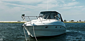 Used Larson 330 Cabrio Express Cruiser Boat For Sale