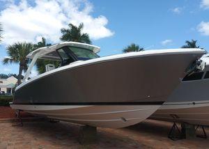 New Tiara Sport 34 LS Cuddy Cabin Boat For Sale