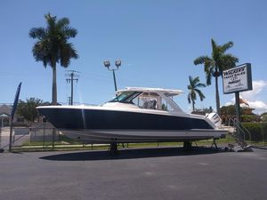 New Tiara Sport 38 LS Center Console Fishing Boat For Sale