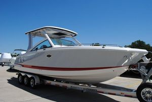 New Chaparral 300 OSX Center Console Fishing Boat For Sale