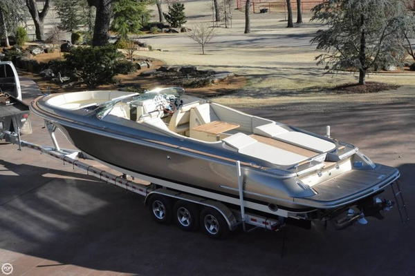 Used Chris-Craft Launch 32 Heritage Edition Bowrider Boat For Sale