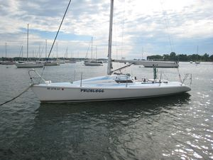Used Carrera Boats 290 Racer and Cruiser Sailboat For Sale