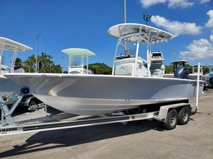 New Sportsman Masters 227 Saltwater Fishing Boat For Sale
