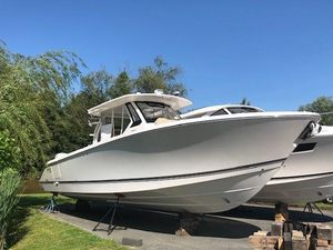 New Pursuit 368 S Center Console Fishing Boat For Sale