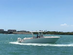 Used Robalo 302 Sports Fishing Boat For Sale