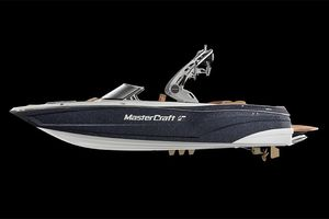 New Mastercraft XT23 High Performance Boat For Sale