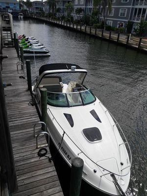 Used Sea Ray 26 Sundnacer Express Cruiser Boat For Sale