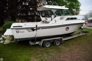Used Wellcraft 236 Coastal Walkaround Fishing Boat For Sale
