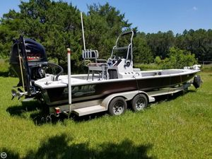 Used Majek 25 Illusion Bay Boat For Sale