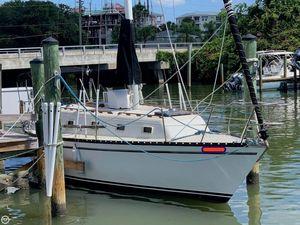 Used Hunter 33 Cherubini Sloop Sailboat For Sale