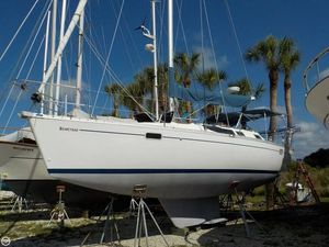 Used Beneteau 350 Oceanis Racer and Cruiser Sailboat For Sale