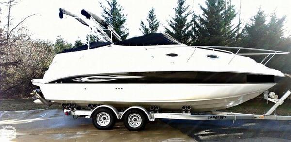 Used Stingray 250 CS Cruiser Boat For Sale