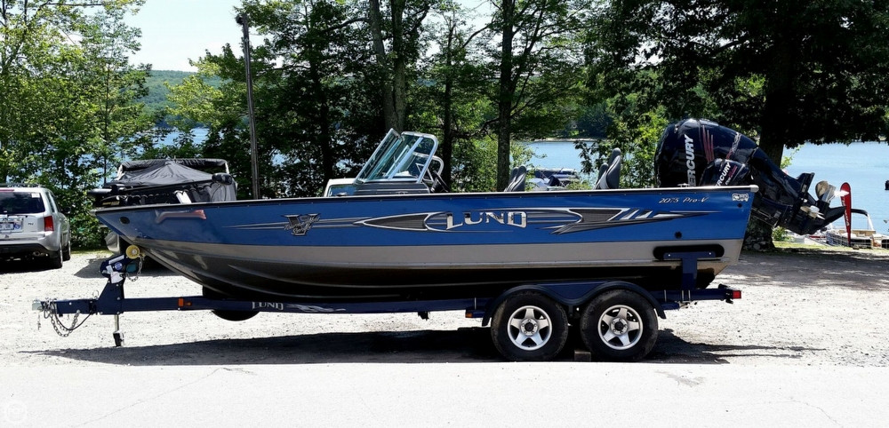 2012 used lund 2075 pro v bass boat for sale 55 500 for Used lund fishing boats for sale