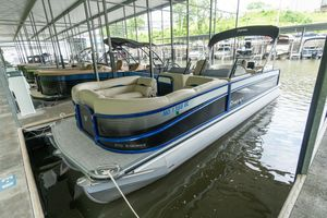 Used Premier 270 S-series Pontoon Boat For Sale