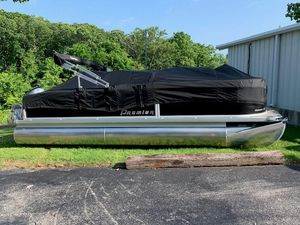New Premier 220 Horizon Pontoon Boat For Sale