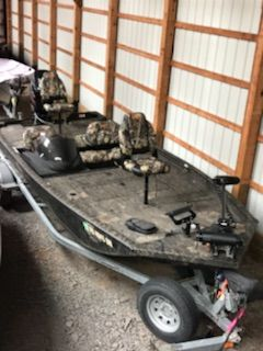 Used Lowe Stinger 195 Bass Boat For Sale