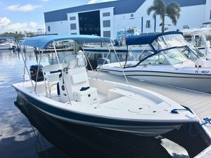 Used Pathfinder 2200 Tournament Edition Saltwater Fishing Boat For Sale