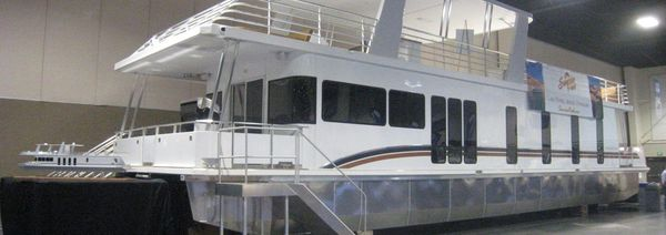 Used Destination Yachts Starcaser Trip 15 House Boat For Sale