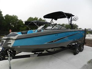 New Heyday WT SurfWT Surf Ski and Wakeboard Boat For Sale
