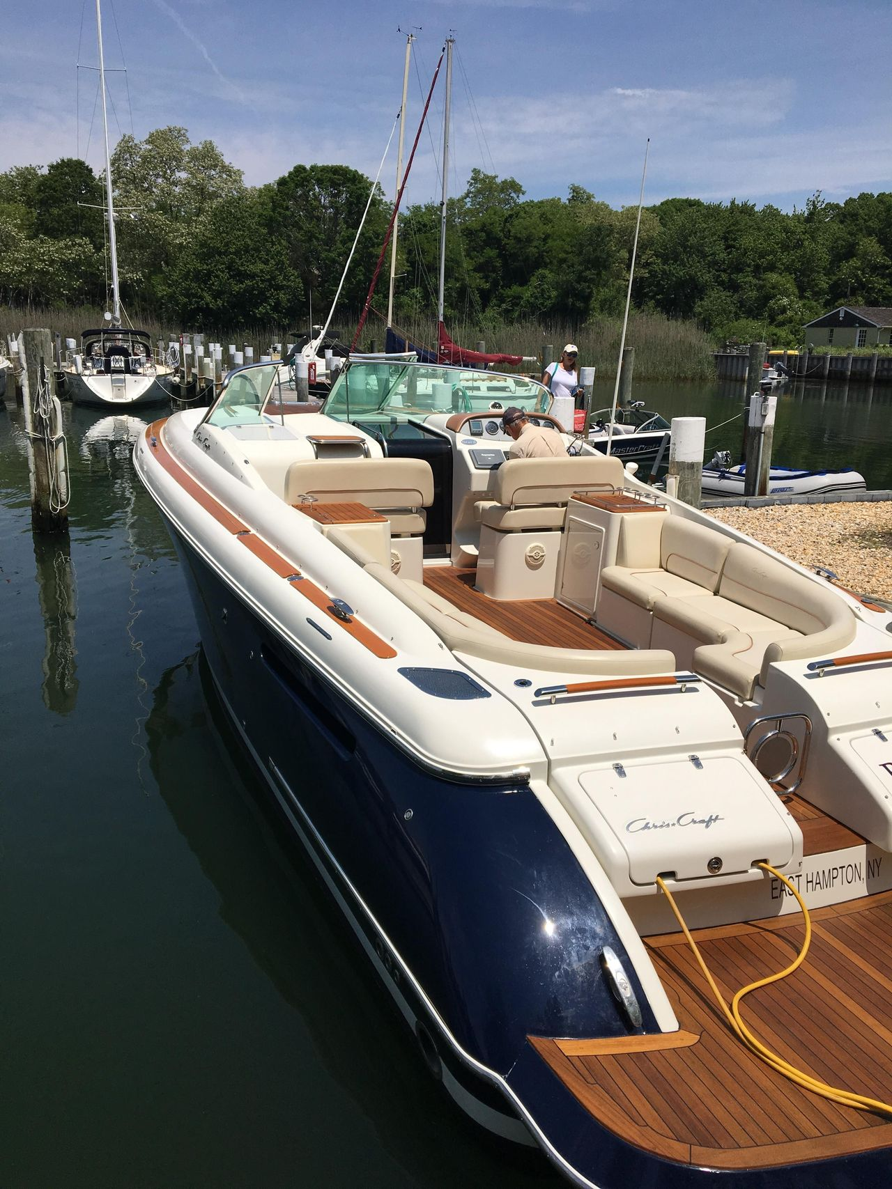 2005 Used Chris-Craft Corsair 36 Cruiser Boat For Sale