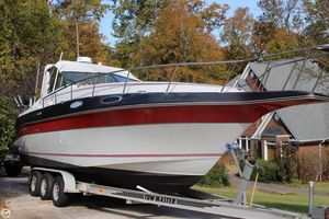 Used Cruisers Yachts 27 Express Cruiser Boat For Sale