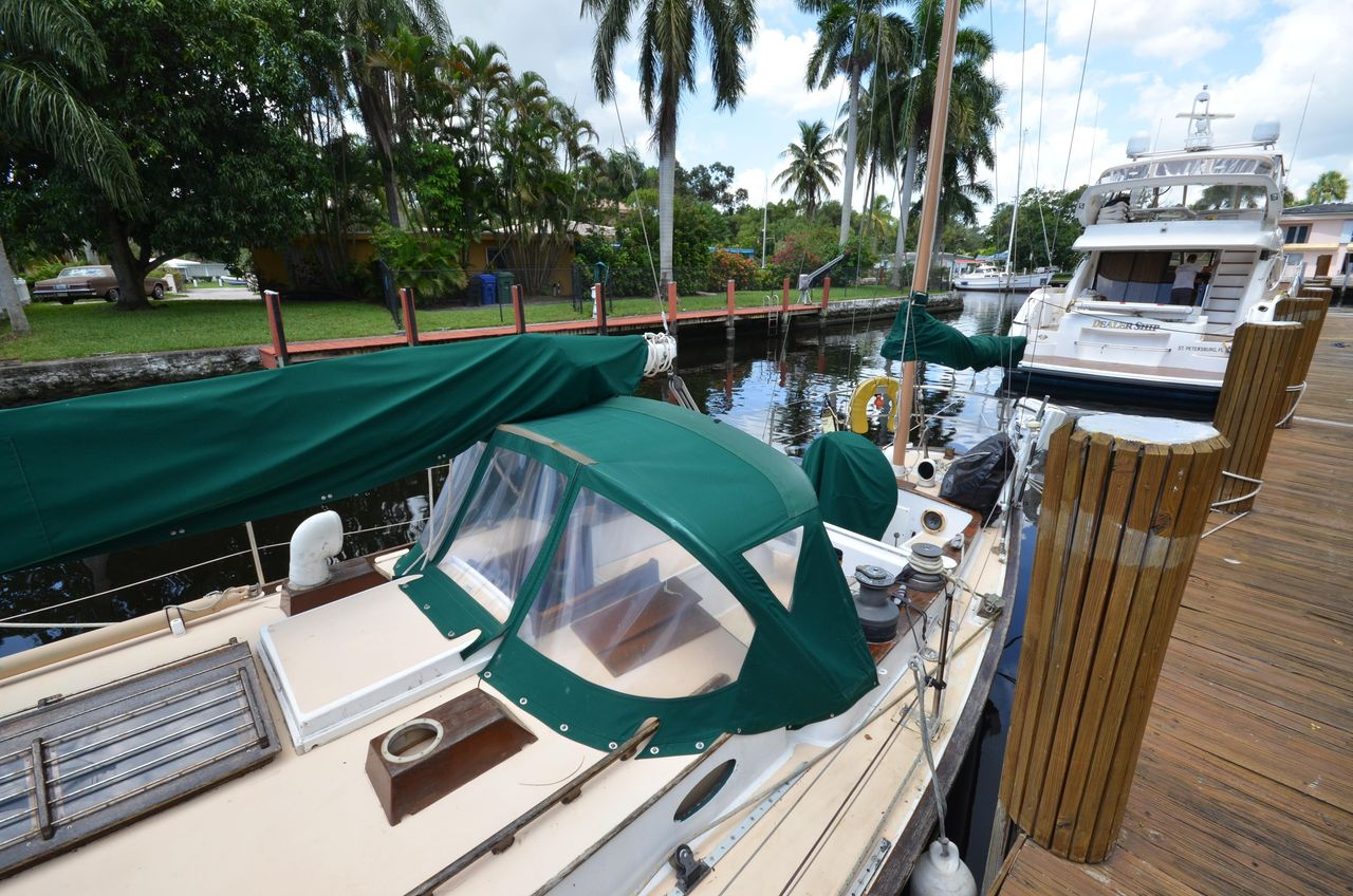 1967 Used C&c Yawl Rig Racer and Cruiser Sailboat For Sale