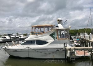 Used Maxum 4100 SCA Motor Yacht For Sale