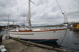 Used Cheoy Lee Offshore 41 Cruiser Sailboat For Sale