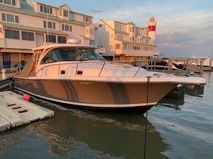 Used Pursuit 385 Offshore Sports Fishing Boat For Sale