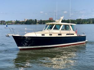 Used Sabre 38 Express Cruiser Boat For Sale