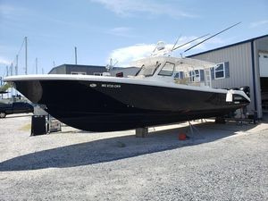 Used Everglades 435 CC Center Console Fishing Boat For Sale