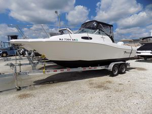 Used Wellcraft 24 Coastal Walkaround Center Console Fishing Boat For Sale
