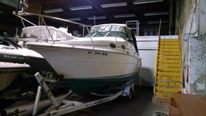 Used Cruisers 2470 Cuddy Cabin Boat For Sale