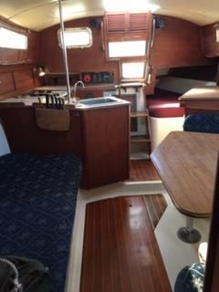 1980 Used Irwin 34 Cruiser Sailboat For Sale - $13,300 - Bayfield
