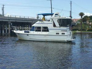Used Heritage East 36 Sundeck Cruiser Boat For Sale