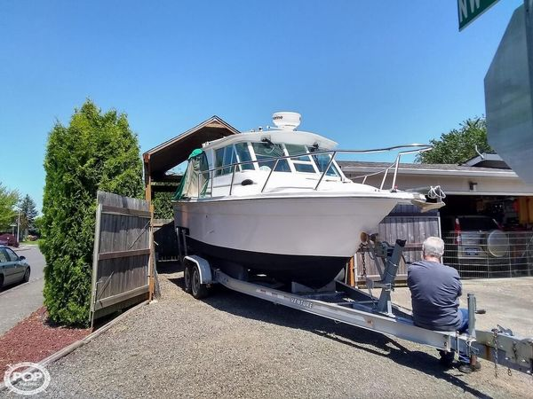 Used Baha Cruisers 252GLE Sports Fishing Boat For Sale