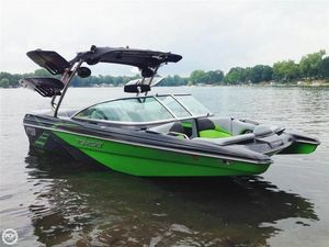 Used Mb Sports F21 Tomcat Ski and Wakeboard Boat For Sale