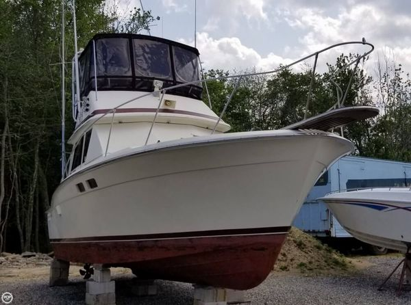 Used Trojan F-32 Convertible Sports Fishing Boat For Sale