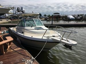 Used Pursuit 2470 WA Walkaround Fishing Boat For Sale