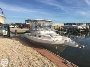 Used Pro-Line 2950 Mid-Cabin Walkaround Fishing Boat For Sale