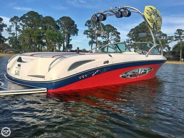 Used Nautique SV-211 TE Ski and Wakeboard Boat For Sale