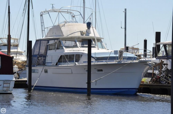 Used Chris-Craft 45 Commander Aft Cabin Boat For Sale